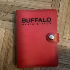 Buffalo Spiral planner with zipper. Never used.